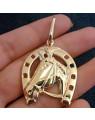 Pingente de Cavalo com Ferradura Grande Banhado a Ouro 18k